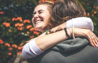 Hug an Australian Day – Happy Hug an Australian Day 2021 (26th April)